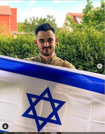 En todo el mundo, la gente levanta la bandera para Israel